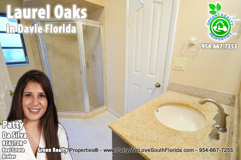 Davie, FL, Homes For Sale in Laurel Oaks