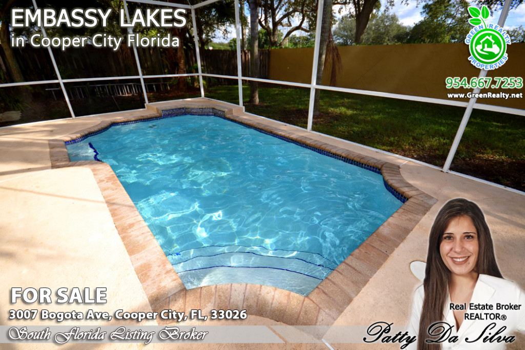 Price of Embassy Lakes Homes