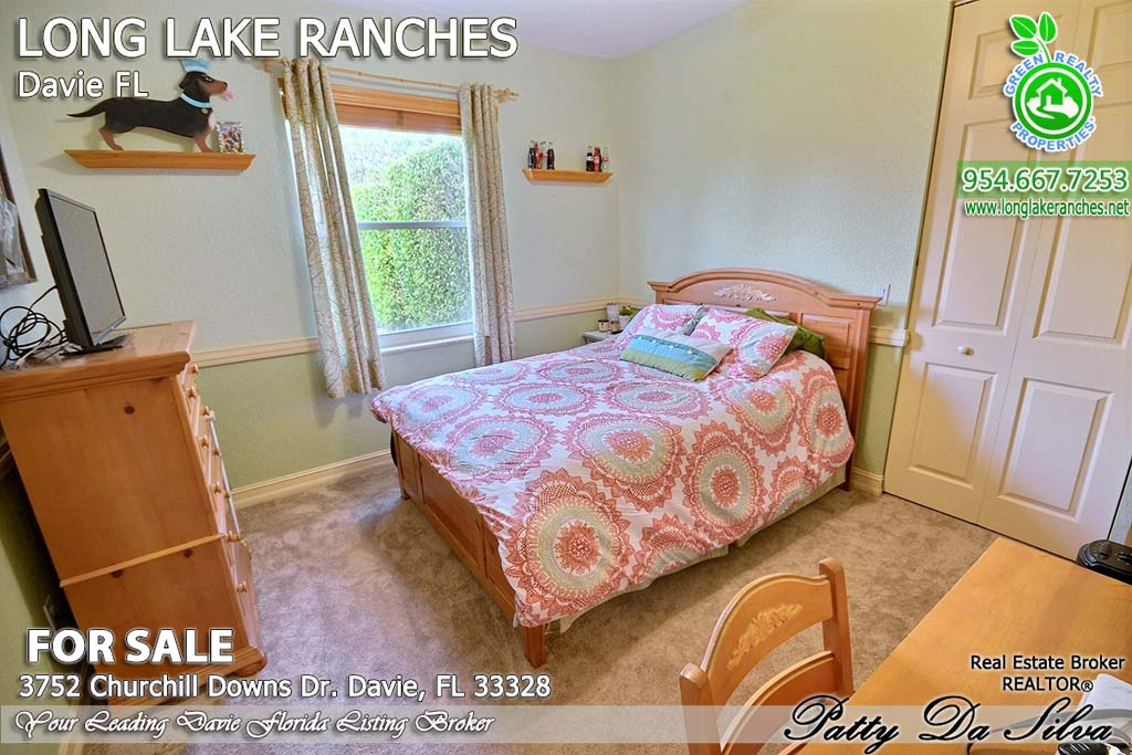 Homes in Long Lake Ranches Florida