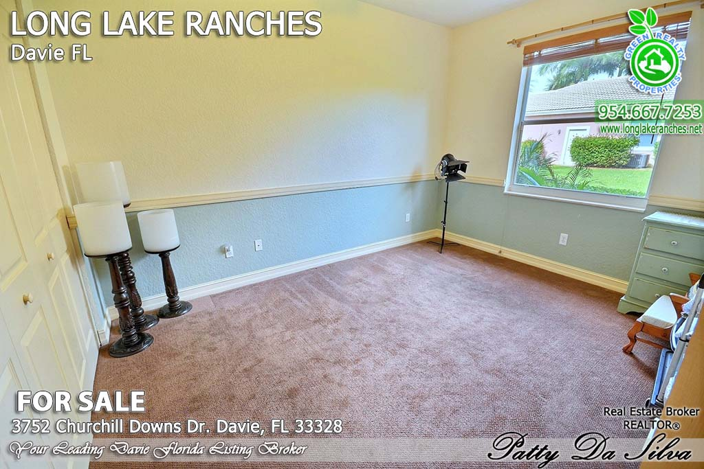 Long Lake Ranches Living