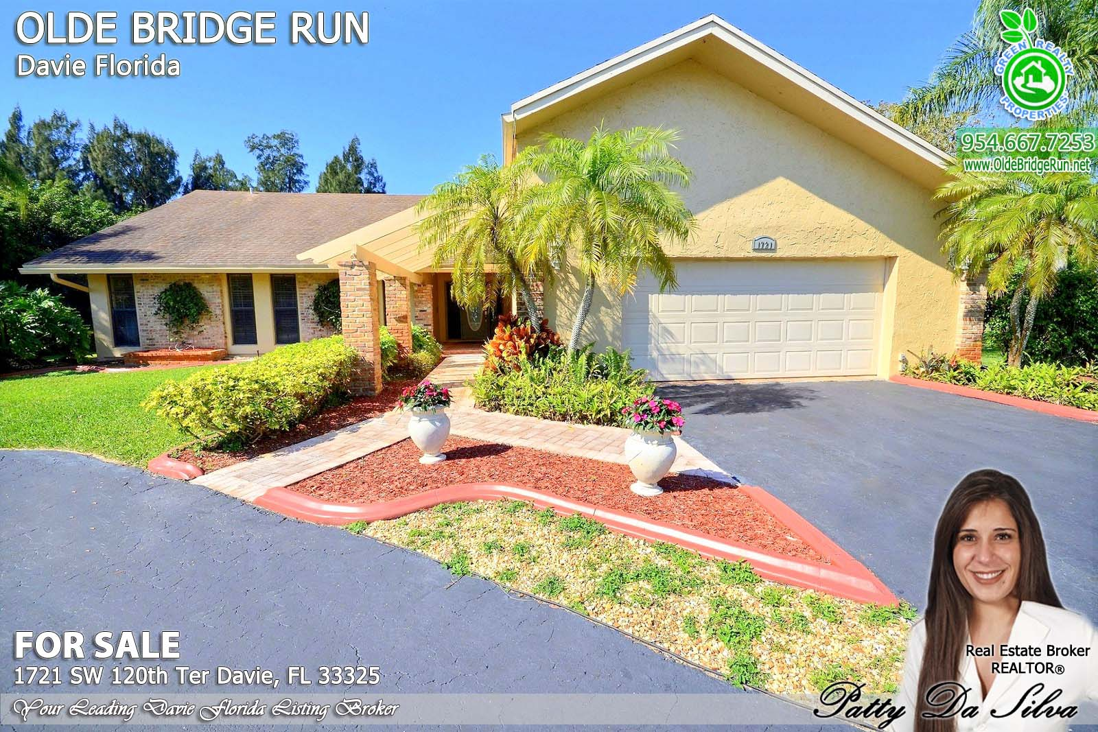 Olde Brodge Run Homes in Davie FL beautiful properties