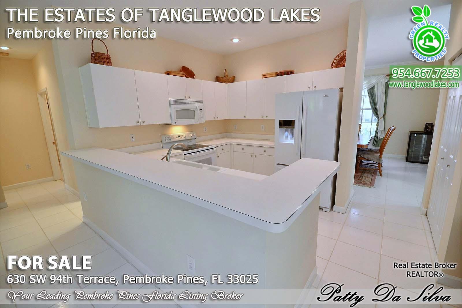 Tanglewood Lakes Homes in Pembroke Pines FL