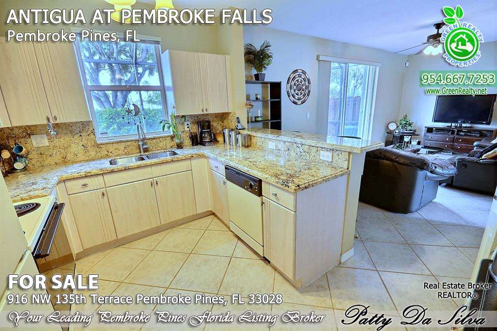 Top Pembroke Pines Realtors - 916 NW 135 Ter (14)