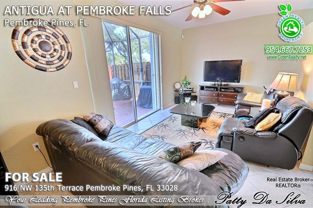 Top Pembroke Pines Realtors - 916 NW 135 Ter (16)