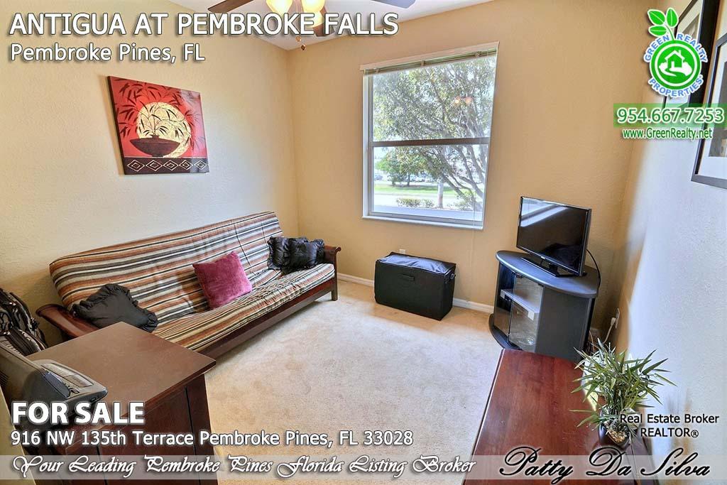Top Pembroke Pines Realtors - 916 NW 135 Ter (18)