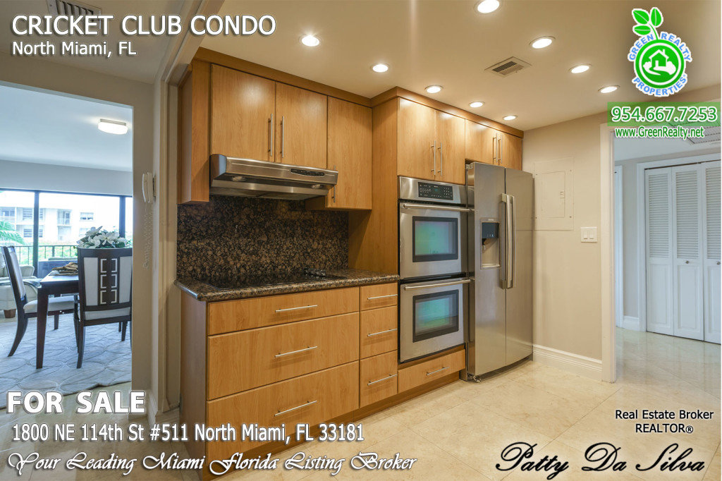 Condos for Sale in the Cricket Club