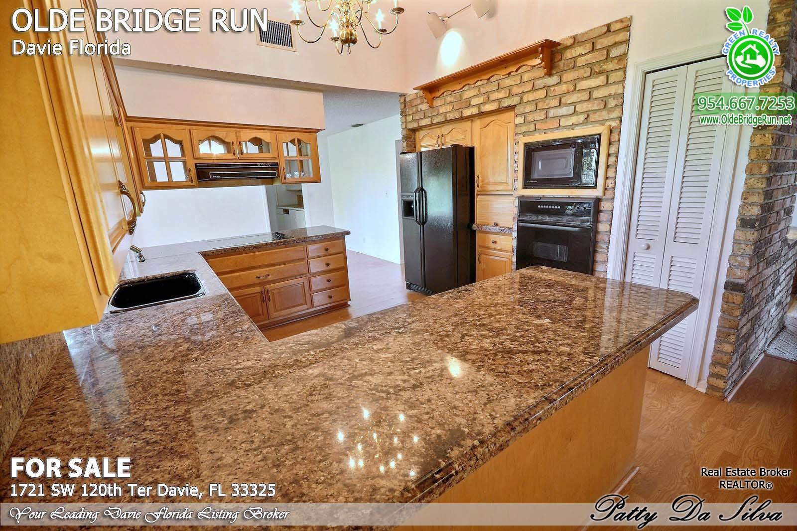 Olde Bridge Run Homes in Davie FL (20)