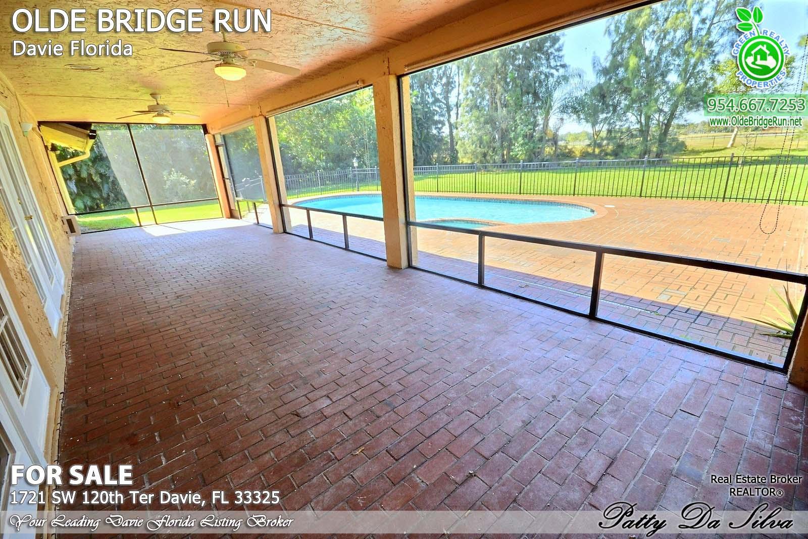 Olde Bridge Run Homes in Davie FL (7)