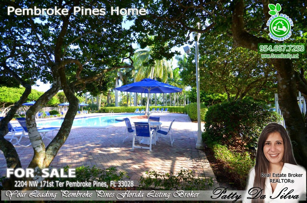 Pembroke Isles Community Pool