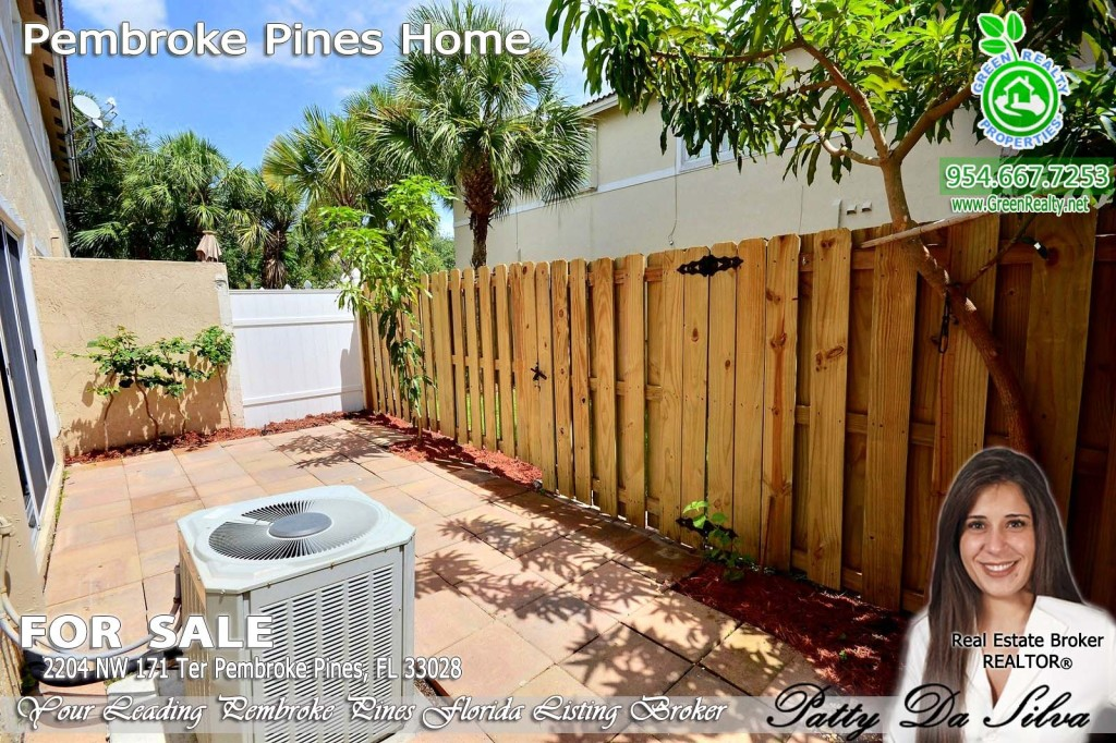 Green Realty Sells Pembroke Isles Homes