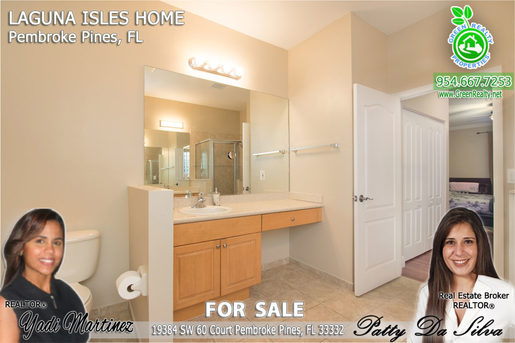 Pembroke-pines-laguna-isles-home-for-sale-by-green-realty-properties-18