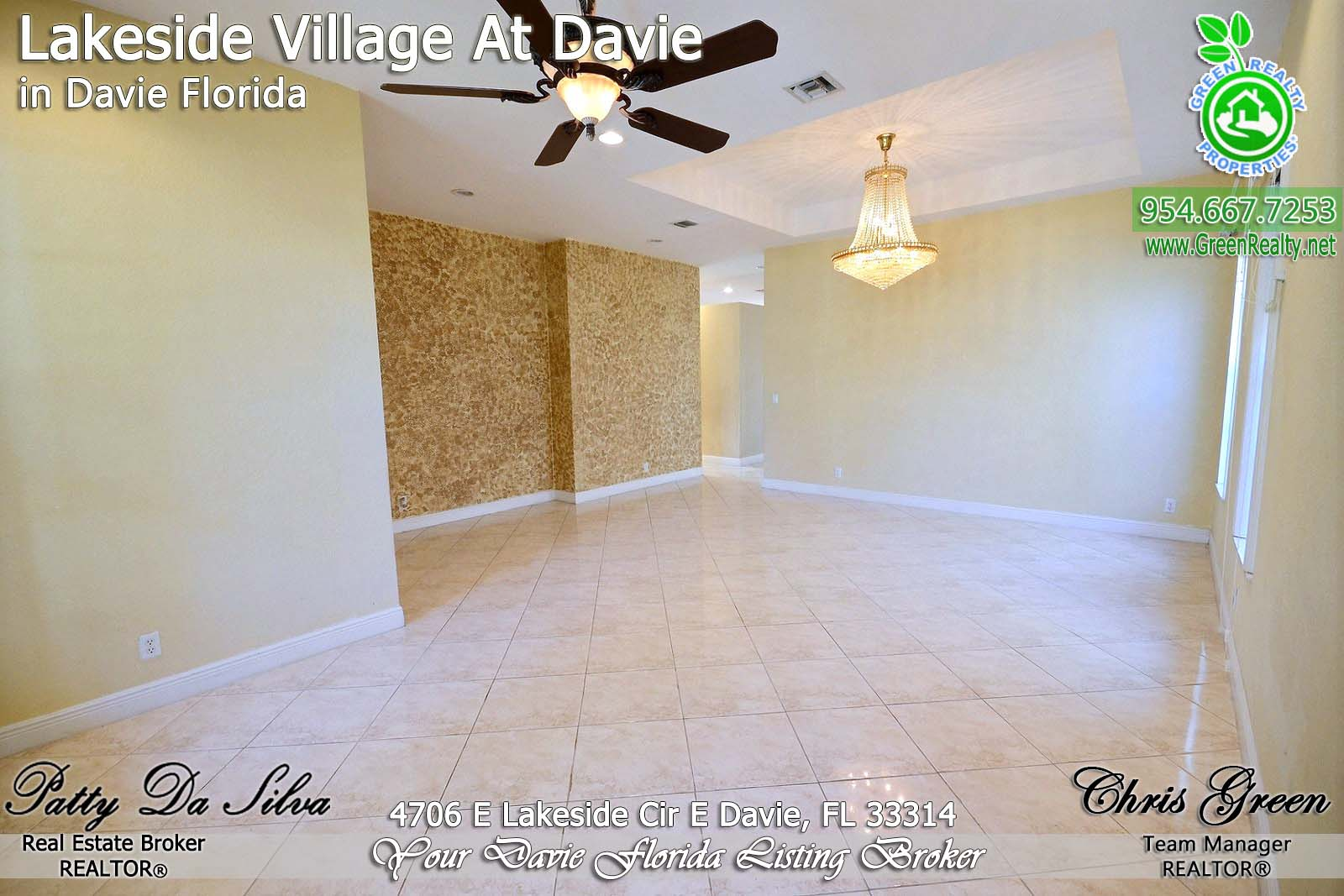 6 Davie Real Estate
