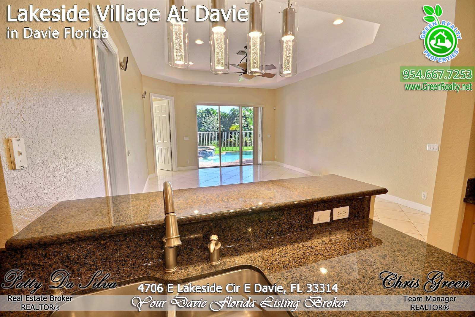 8 Davie Real Estate Brokers (2)